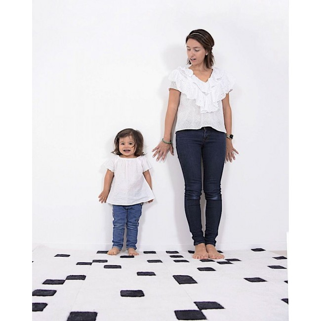 DOMINO carré Noir et blanc chambre bébé Fille par Lilipinso