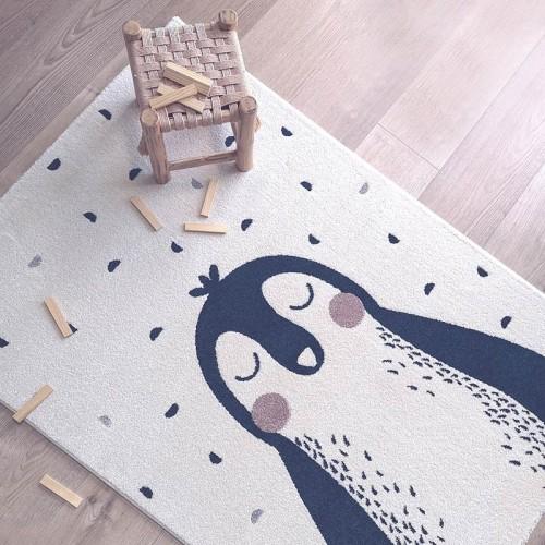 Tapis bébé design pingouin,...